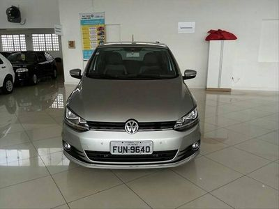 Volkswagen Fox Highline 1.6 MSI 2016}