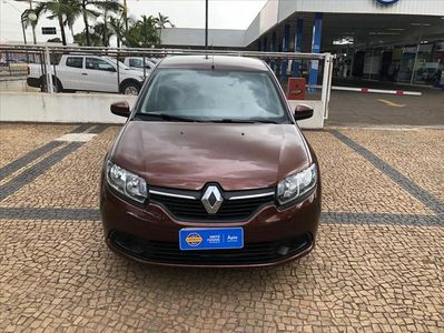 Renault Logan Expression 1.0 16v (Flex) 2015}