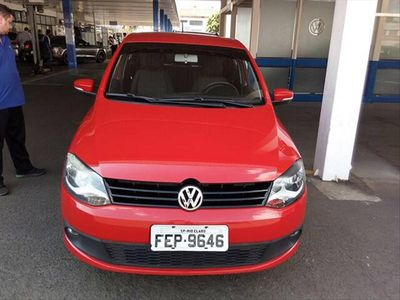 Volkswagen Fox 1.0 8V (Flex) 2013}