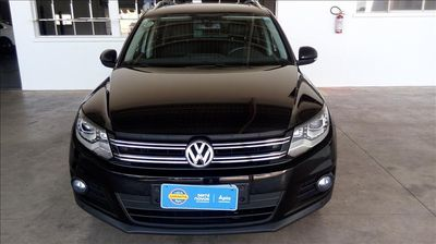 Volkswagen Tiguan 2.0 FSI Tiptronic  2014}