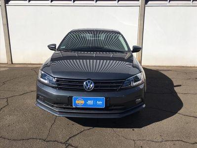 Volkswagen Jetta Highline 2.0 TSI 2017}