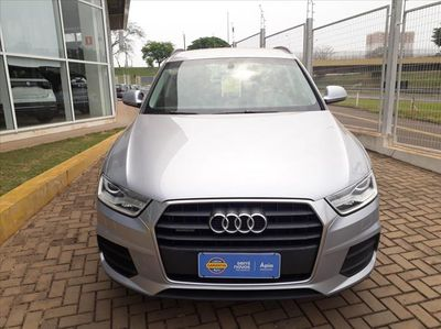 Audi Q3 Attraction 2.0 TFSI quattro S Tronic 2016}