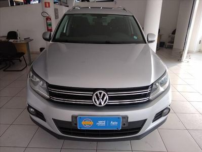 Volkswagen Tiguan 2.0 FSI Tiptronic  2012}