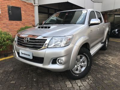 Toyota Hilux Cabine Dupla Diesel SRV 3.0 LIMITED 4x4 (Aut) 2014}