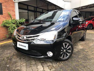 Toyota Etios Hatch Platinum 2016 2016}
