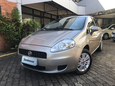 Fiat Punto Attractive 1.4 (Flex) 2012}