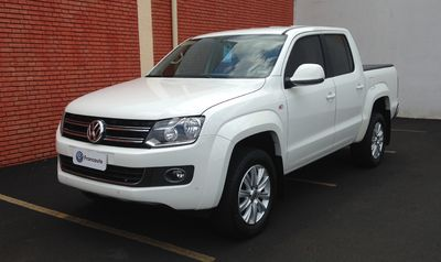 Volkswagen Amarok Highline 2.0 CD (Aut) 2016}