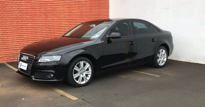 Audi A4 2.0 FSI Turbo (183cv) (multitronic) 2011}