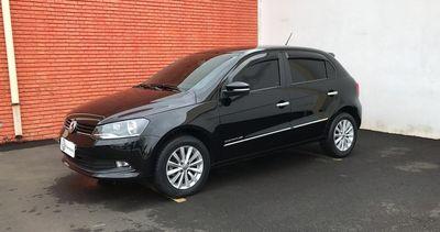 Volkswagen Gol 1.6 I-Motion Total Flex 4p Aut. G6 2016}