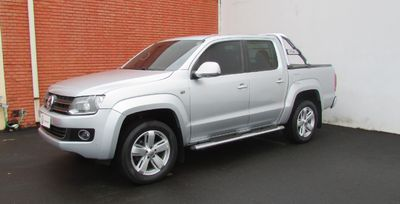 Volkswagen Amarok 2.0 TDi CD 4x4 Highline 2013}