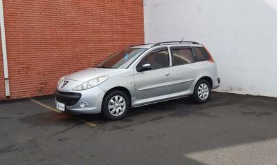 Peugeot 207 XR 1.4 8V Flex 4p 2009}