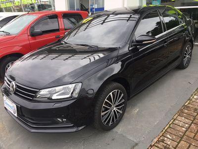Volkswagen Jetta Highline 2.0 TSI (Aut) 2017}