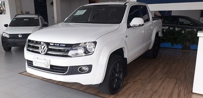 Volkswagen Amarok 2.0 TDi CD 4x4 Highline 2015}