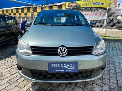 Volkswagen Fox Trend 1.0 Mi 8V Total Flex 4p 2011}