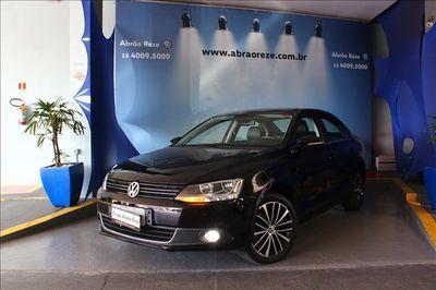 Volkswagen Jetta Highline 2.0 TSI 2014}