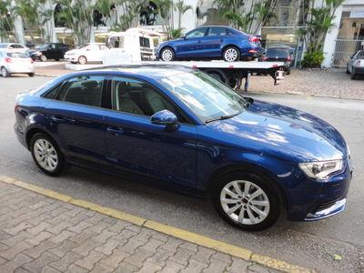 Audi A3 Sedan 1.4 TFSI S tronic Attraction 2015}