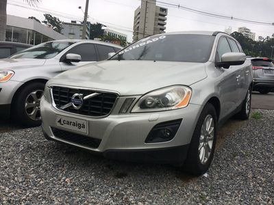 Volvo XC60 AWD 3.0 24V Top 2010}