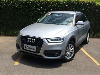 Audi Q3 Attraction 2.0 TFSI quattro S Tronic 2015}