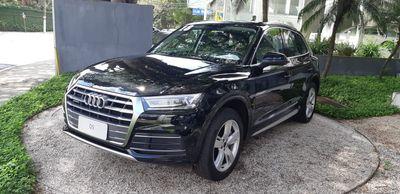 Audi Q5 Ambiente 2.0 TFSi 2018}
