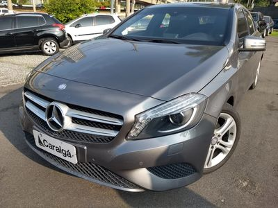 Mercedes-Benz Classe A 200 Urban 1.6 DCT Turbo 2014}