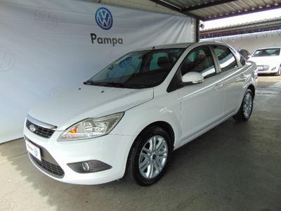 Ford Focus Sedan 2.0 FC 16V FLEX 4P AUTOMÁTICO 2013}