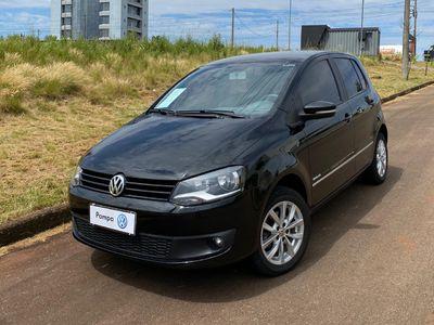 Volkswagen Fox Highline 1.6 MSI (Flex) 2014}