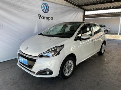 Peugeot 208 Allure 1.2 2019}