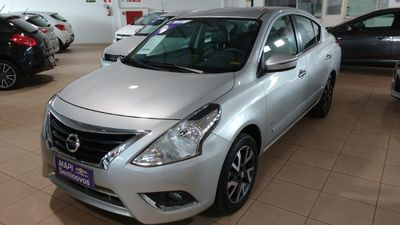 Nissan Versa 1.6 Unique 2016}
