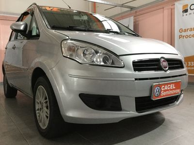 Fiat Idea Atractive 1.4 (Flex) 2012}