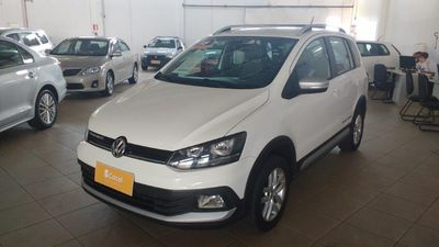 Volkswagen Space Cross 1.6 2015}