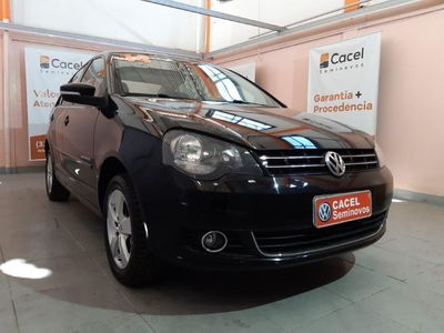 Volkswagen Polo Sedan 1.6 8V (Flex) 2014}