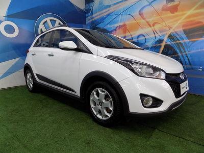 Hyundai HB20X Premium 1.6 (Aut) 2015}