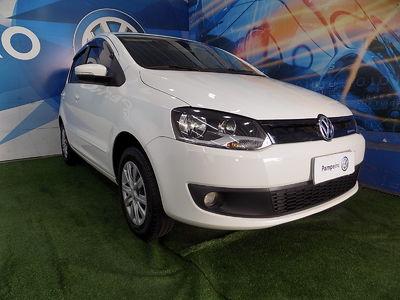 Volkswagen Fox BlueMotion 1.0 (Flex) 2014}