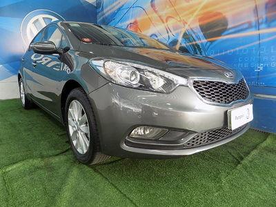 Kia Motors Cerato 1.6 16V (aut) 2014}