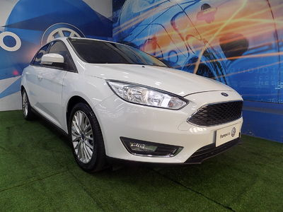 Ford Focus Fastback SE 2.0 AT 2018}