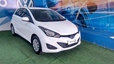 Hyundai HB20 1.6 Comfort Plus (Aut) 2015}