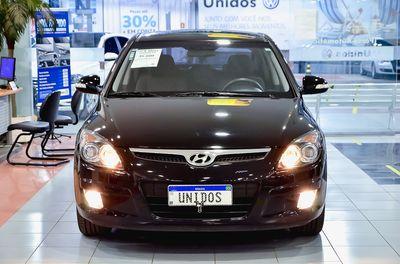 Hyundai i30 2.0 MPI 2011}