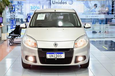 Renault Sandero Expression 1.6 8v (Flex)  2013}
