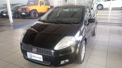 Fiat Punto Essence 1.6 16V (Flex) 2011}