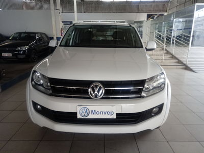 Volkswagen Amarok Trendline 2.0 CD 4x4 (Aut) 2013}
