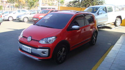 Volkswagen Cross Up! 1.0 12v 2018}