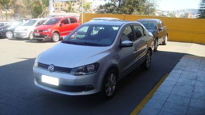 Volkswagen Voyage Highline 1.6 VHT I-Motion 2014}