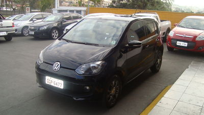 Volkswagen up! run 1.0 2017}