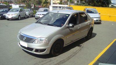 Renault Logan Expression 1.0 16v (Flex) 2011}