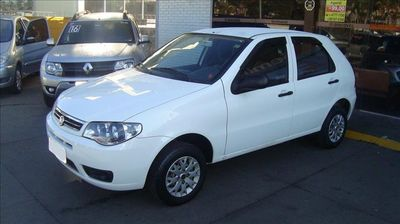 Fiat Palio 1.0 MPI FIRE CELEBRATION 8V FLEX 2P MANUAL 2016}