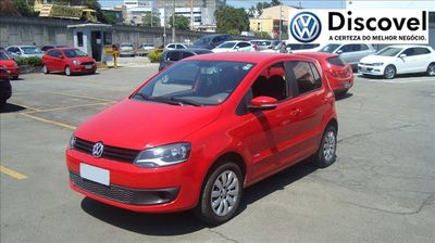 Volkswagen Fox 1.0 TEC (Flex) 4p 2014}