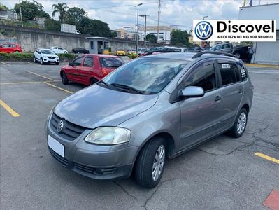 Volkswagen SpaceFox 1.6 MI PLUS 8V FLEX 4P 2008}