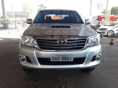 Toyota Hilux 3.0 SRV TOP 4X4 CD 16V TURBO INTERCOOLER DIESEL 4P AUTOMÁTICO 2014}