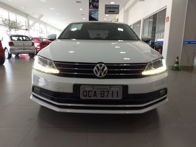 Volkswagen Jetta Comfortline 1.4 TSI (Auto) 2017}