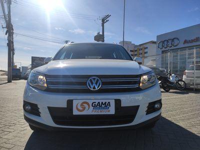 Volkswagen Tiguan 1.4 TSI Bluemotion 2017}